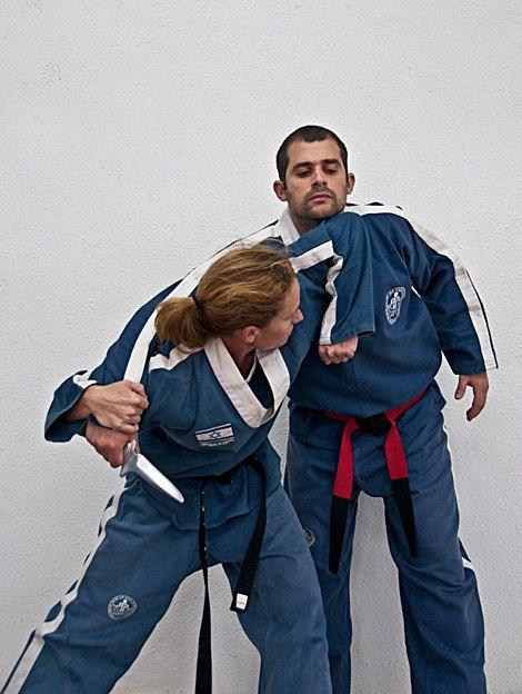 Women Show KAMI self Defense technique