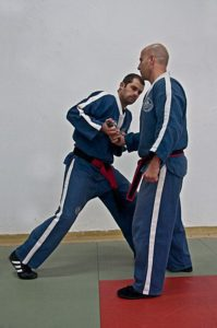 Kami krav magen 15 199x300 - Israeli Self Defense
