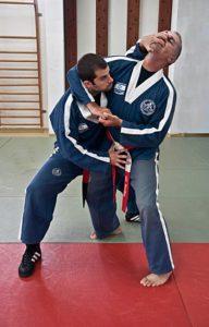 Kami krav magen 17 192x300 - Israeli Self Defense Training