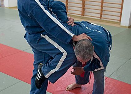 Kami krav magen 21 420x300 - The Importance of Self-Defence and What K.A.M.I. can Offer